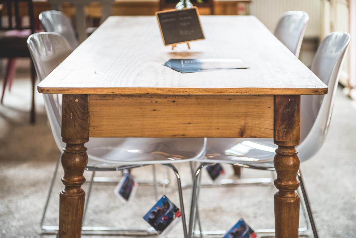 Antiker Esstisch Um 1880 Einzigart